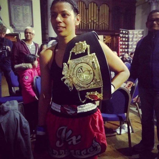 Cô gái Hồi giáo và hành trình đặc biệt trở thành nhà vô địch Kickboxing thế giới - Ảnh 3.