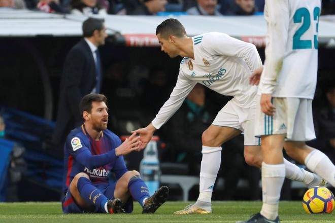 Ronaldo: Tôi không xứng giành Quả bóng vàng, Messi mới là người xuất sắc nhất? - Ảnh 3.