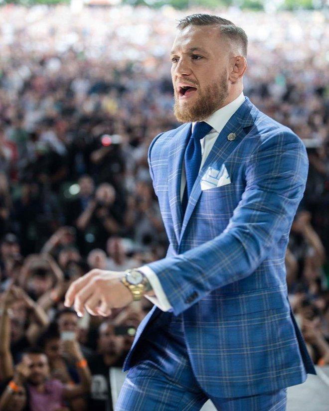 Không chỉ là võ sĩ triệu đô, Conor McGregor còn là một đầu giày hạng nặng với gu thời trang cực kỳ xuất sắc! - Ảnh 15.