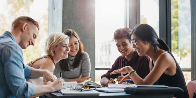 Đâu là điểm khác biệt giữa cuộc sống Trung học và Đại học? - Ảnh 3.