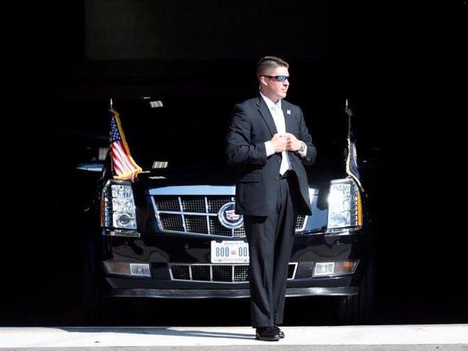 Cận cảnh Đội mật vụ bảo vệ Tổng thống Mỹ Donald Trump - Ảnh 6.