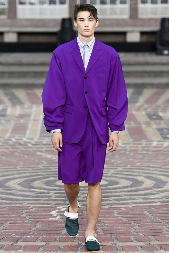 ĐỘC: Có show diễn lưỡng long nhất thể cả thời trang nam và nữ, chỉ sử dụng mẫu châu Á - Ảnh 18.