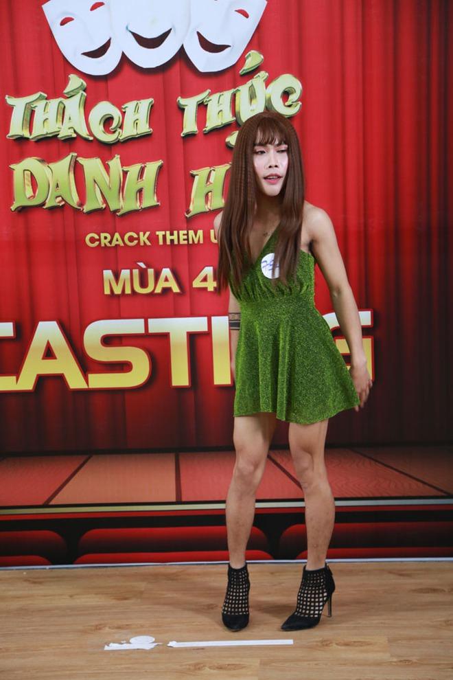 Hậu thẩm mỹ, Công chúa thủy tề Tùng Sơn giả gái đi thi Thách thức danh hài - Ảnh 3.