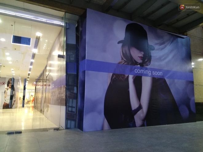 Vincom Bà Triệu quây bạt diện tích lớn, dân tình phán đoán đây chắc chắn là store mới của Zara! - Ảnh 3.