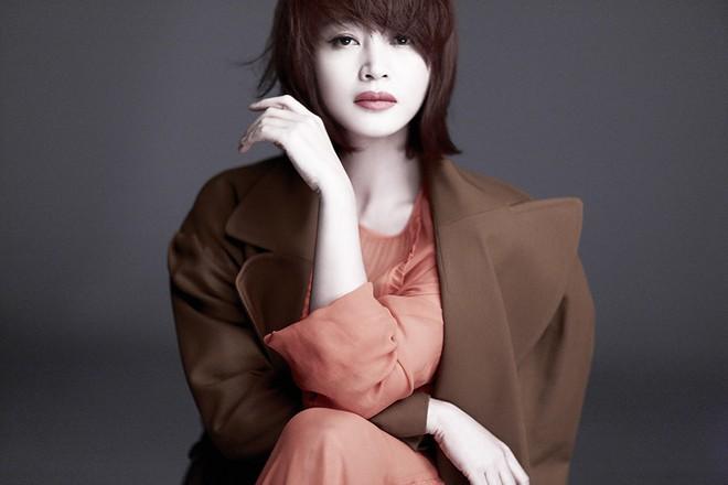 Vì đâu mà Kim Hye Soo lại muốn giải nghệ và Kiếp sau tuyệt đối không làm diễn viên? - Ảnh 1.