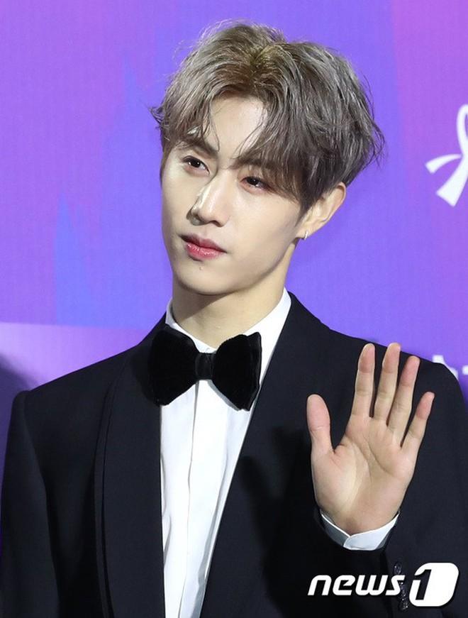 Thảm đỏ Seoul Music Awards: Kim So Hyun đẹp đến mức khó tin, Joy quá sexy bên dàn trai xinh gái đẹp quyền lực Kbiz - Ảnh 28.
