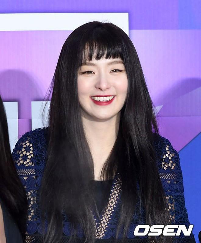 Thảm đỏ Seoul Music Awards: Kim So Hyun đẹp đến mức khó tin, Joy quá sexy bên dàn trai xinh gái đẹp quyền lực Kbiz - Ảnh 13.