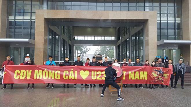Một không khí rất khác trước ngày diễn ra trận chung kết U23 Châu Á: Màu cờ sắc áo đã tràn ngập khắp phố phường! - Ảnh 27.