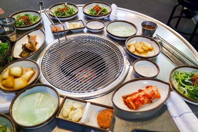 Đến đảo Jeju Hàn Quốc thì nhất định phải ghé hàng thịt nướng nức tiếng này - Ảnh 7.