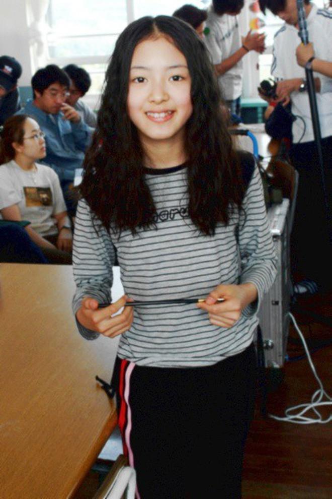 """Sao nhí """"Nàng Dae Jang Geum"""" lột xác thành cương thi """"Hoa du ký"""": Đẹp khó tin, hát hay lại còn nhảy không kém idol - Ảnh 4."""