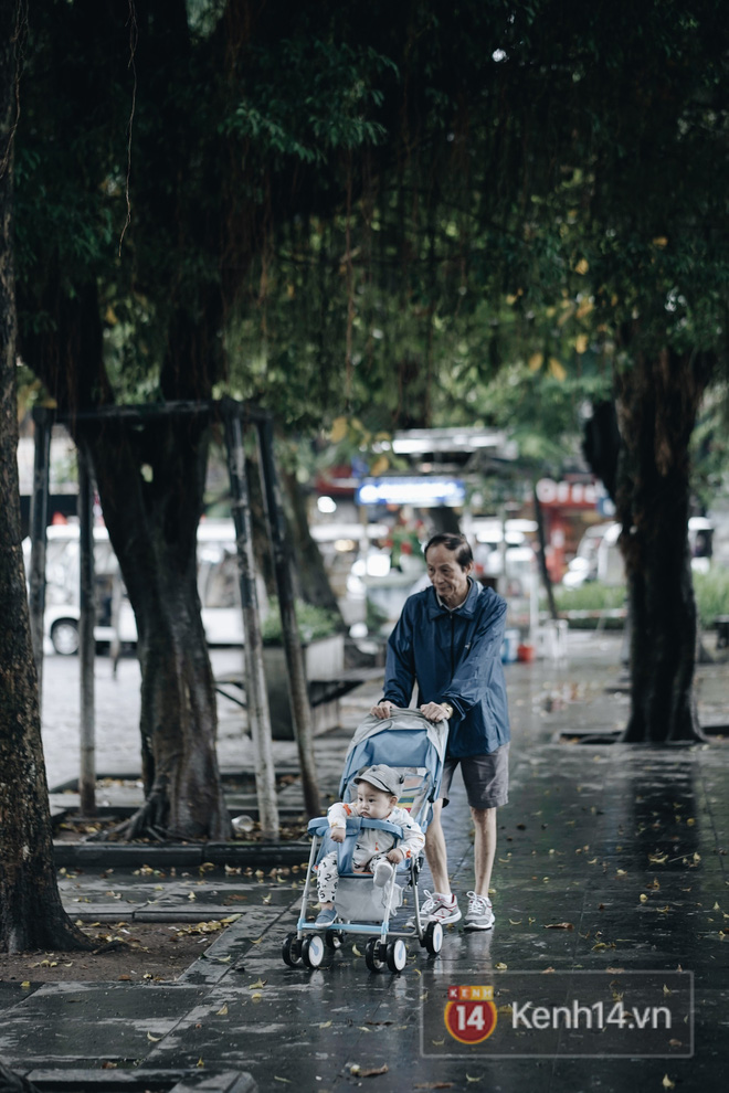 Chùm ảnh gió mùa đầu tiên ở Hà Nội - ảnh