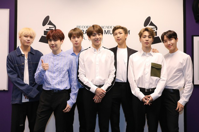 BTS lần đầu tiên giành giải thưởng này tại lễ trao giải AMA 2018 - Ảnh 3.