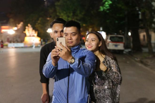 Hà Nội đã có gió mùa lần đầu trong năm, cư dân mạng thi nhau chia sẻ - ảnh 6