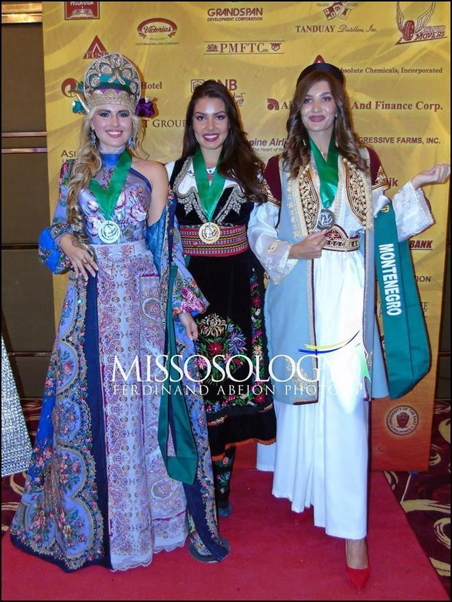 Miss Earth: Việt Nam giành huy chương vàng phần thi trang phục dân tộc
