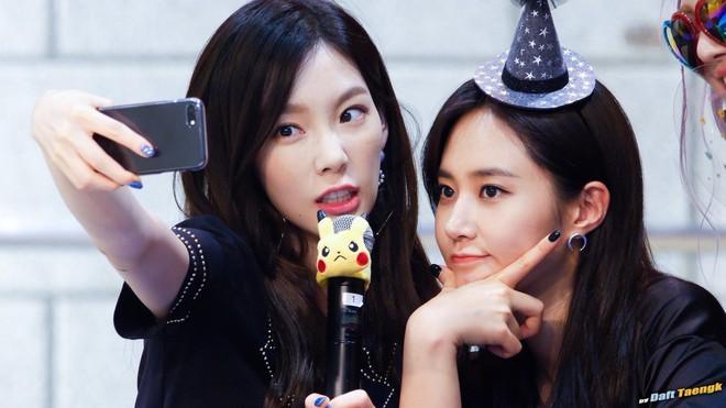 Yuri cảm thấy chạnh lòng khi ca khúc solo của mình lại được Taeyeon thể hiện... tốt hơn? - Ảnh 1.