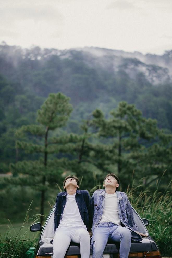 """Đà Lạt mộng mơ của hai chàng trai nên duyên nhờ một cái """"like"""" trên Instagram - Ảnh 1. Bộ ảnh Đà Lạt mộng mơ của hai chàng trai nên duyên nhờ một cái """"like"""" trên Instagram"""