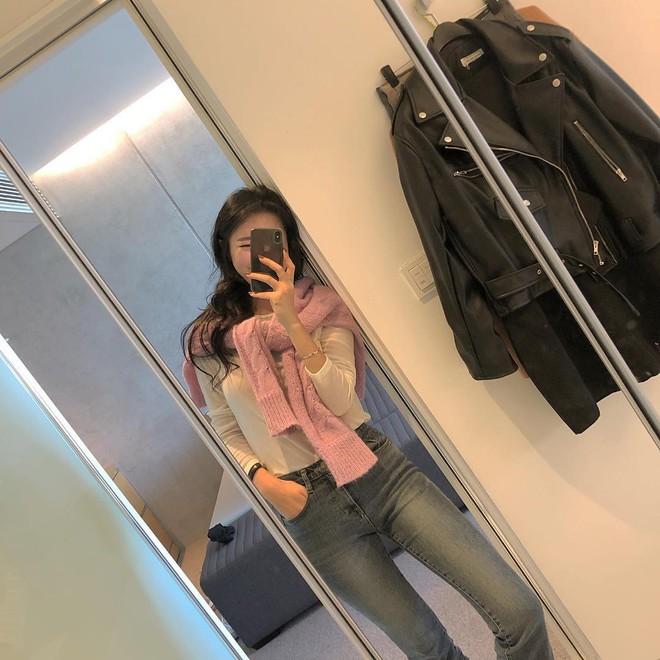 Áo len 2018: Mẫu áo len màu mè Hàn Quốc không mặc hết có thể quàng vai - ảnh 4