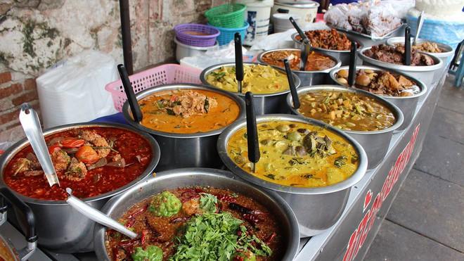 Đến Thái nhớ thưởng thức buffet lề đường