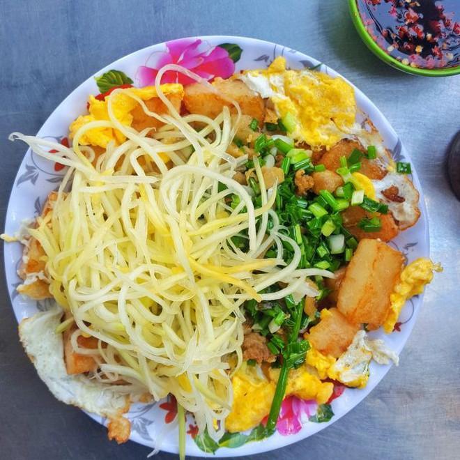 Sài Gòn có những món chẳng thể làm nên chuyện nếu thiếu đi trứng chiên cùng 11