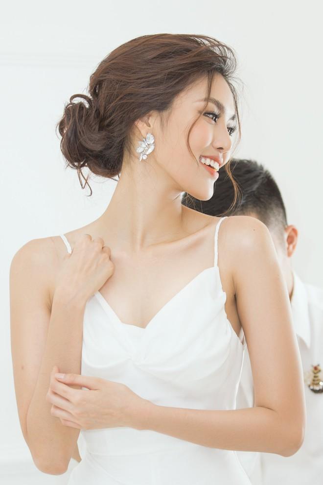 Ảnh Lan Khuê thử váy cưới trước 2 ngày lên xe hoa - ảnh 3