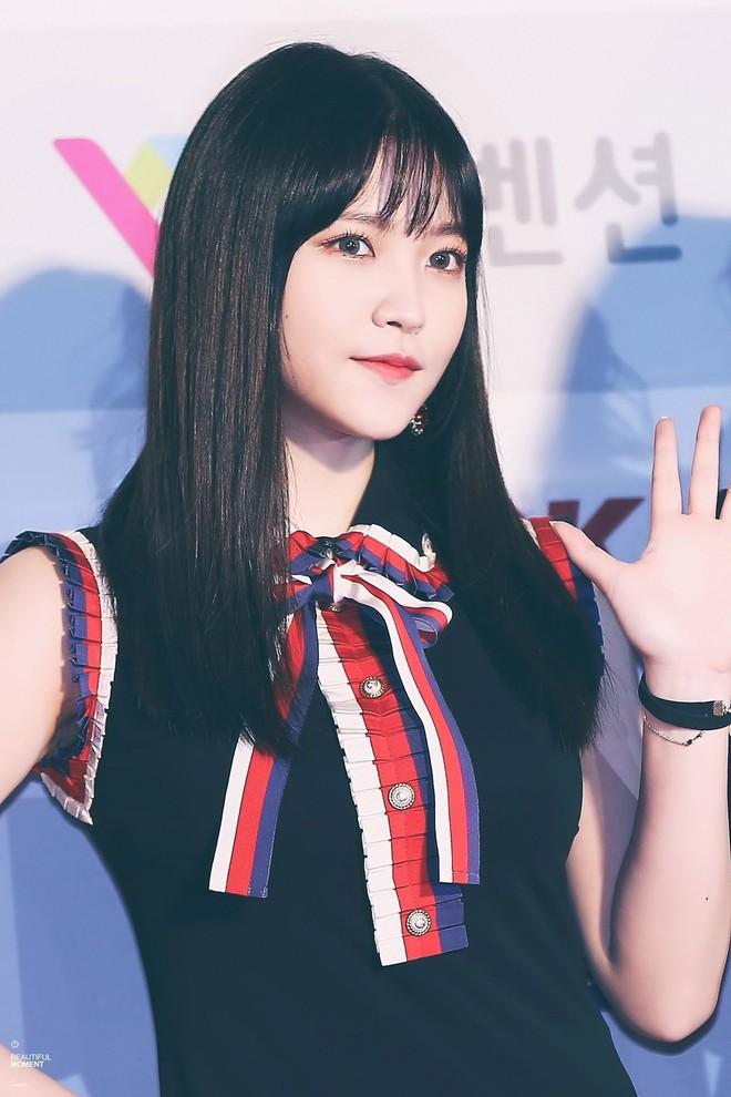 Loạt minh chứng cho thấy: tóc mái thưa thật sự là phao cứu sinh của nhiều idol Hàn - Ảnh 7.