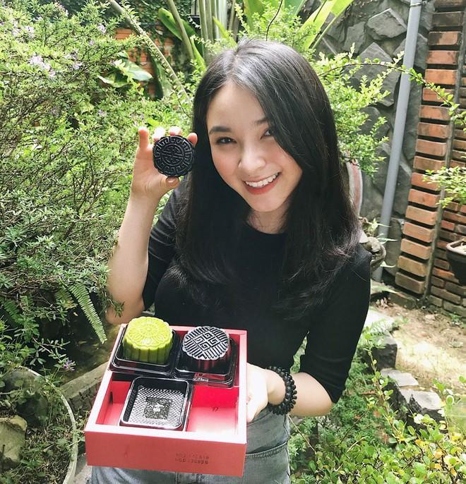 Yumi Dương: Em gái MC Yumi Dương ngày càng xinh đẹp, công khai bạn trai - ảnh 5