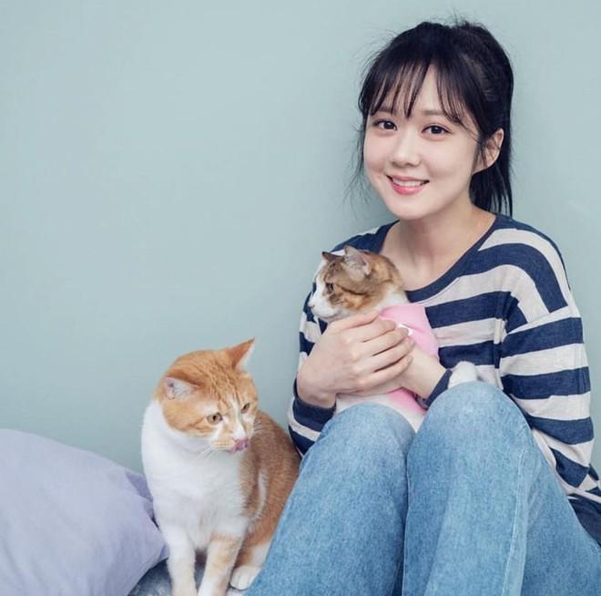 Jang Na Ra trẻ đáng kinh ngạc dù đã bước sang tuổi 38 - Ảnh 4.