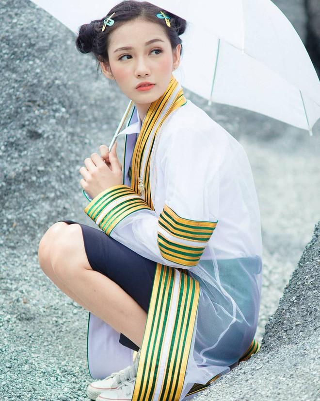 Nữ y tá xinh đẹp nhất Thái Lan bị bệnh viện sa thải vì lý do không ngờ - Ảnh 8.