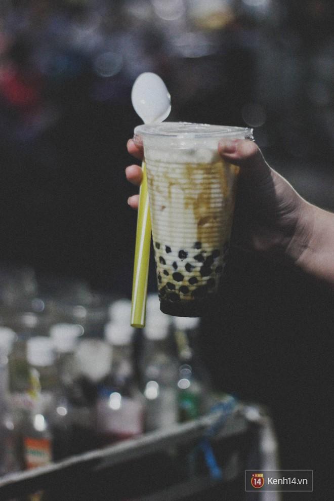 Lang thang khu chợ chiều nhộn nhịp giữa lòng Sài Gòn với hàng loạt món ngon chỉ từ 5k - Ảnh 7.