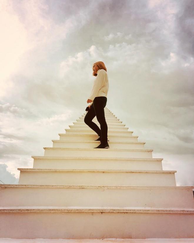 Nấc thang lên thiên đường: Điểm check-in mới toanh đánh lừa thị giác người nhìn ở Đà Lạt - Ảnh 2.