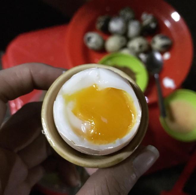 Xem 4 kiểu thưởng thức trứng này ở Sài Gòn, chắc chắn bạn sẽ khâm phục sự sáng tạo của ẩm thực nơi đây - Ảnh 6.