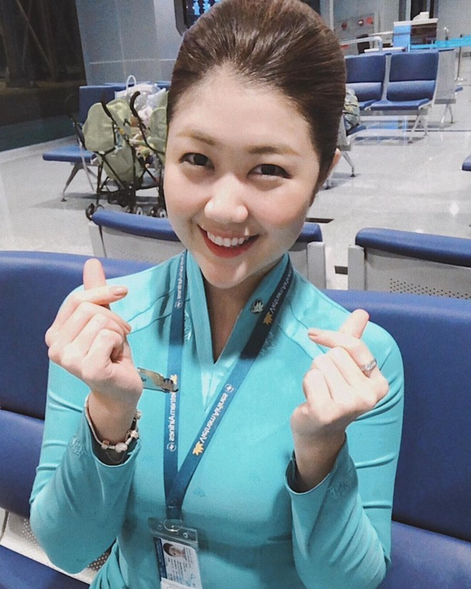 Đã đẹp lại còn giỏi, cựu sinh viên Bách Khoa trở thành tiếp viên hàng không với cuộc sống như mơ - Ảnh 1.