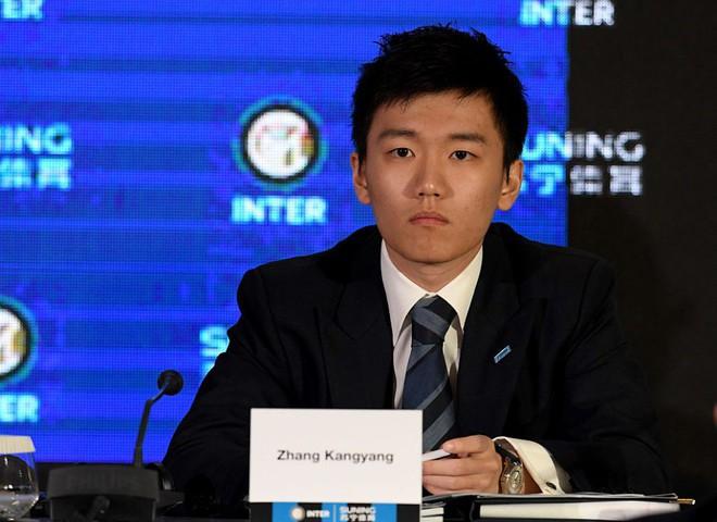 Chân dung tân chủ tịch Inter Milan: 27 tuổi, con trai tỷ phú Trung Quốc, đẹp như tài tử - Ảnh 13.