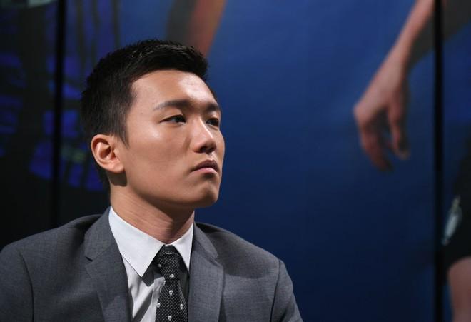 Chân dung tân chủ tịch Inter Milan: 27 tuổi, con trai tỷ phú Trung Quốc, đẹp như tài tử - Ảnh 7.