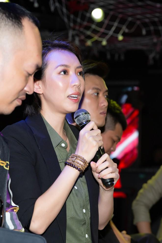 Chị Mười Ba Thu Trang tuyên bố sẽ cai nghiện thuốc lá thành công trong bản điện ảnh - Ảnh 2.