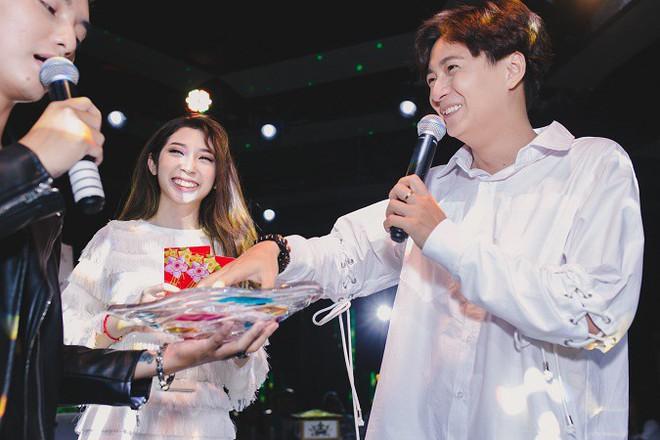 Ngô Kiến Huy Khổng Tú Quỳnh đã chia tay: 3 lí do khiến fan tin điều này - ảnh 5