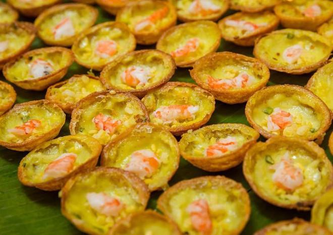 Kìm lòng không nổi với hàng loạt món ngon từ tôm ở Sài Gòn - Ảnh 3.