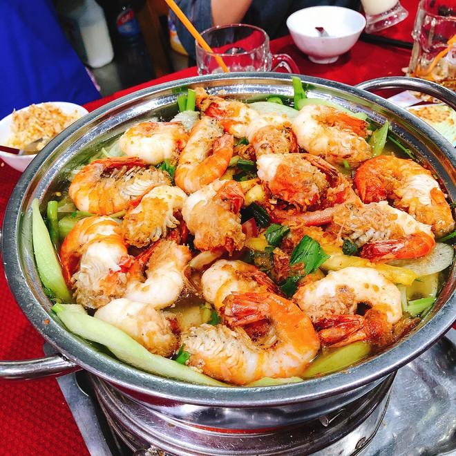 Kìm lòng không nổi với hàng loạt món ngon từ tôm ở Sài Gòn - Ảnh 6.