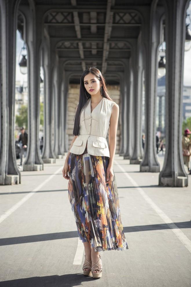 Hoa hậu Tiểu Vy gây dậy sóng MXH với thần thái đầy sắc sảo và thu hút trong bộ ảnh chụp tại Pháp - Ảnh 7.