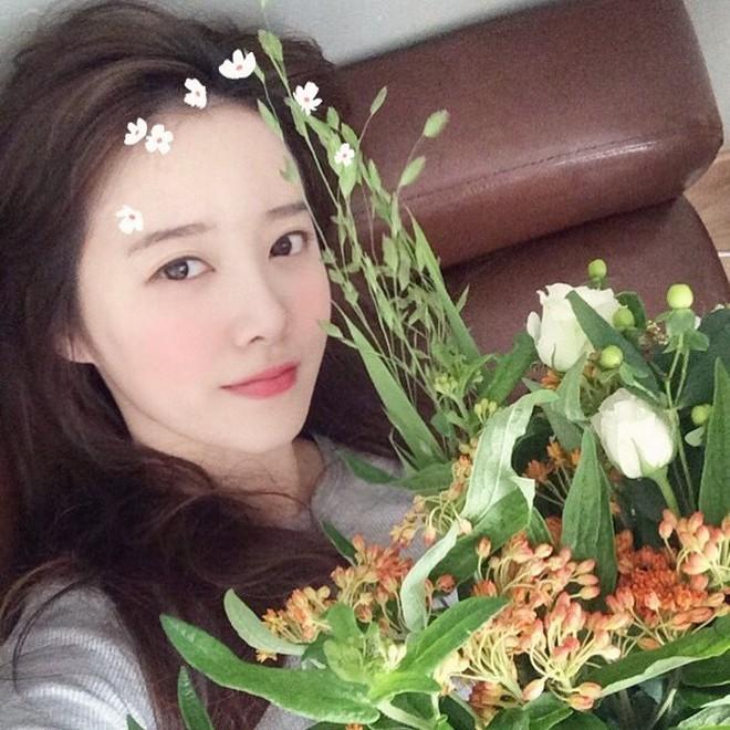 Đã 33 tuổi mà nhìn vẫn như đôi mươi, bí kíp của Goo Hye Sun chính là combo 3 bước makeup này - Ảnh 6.