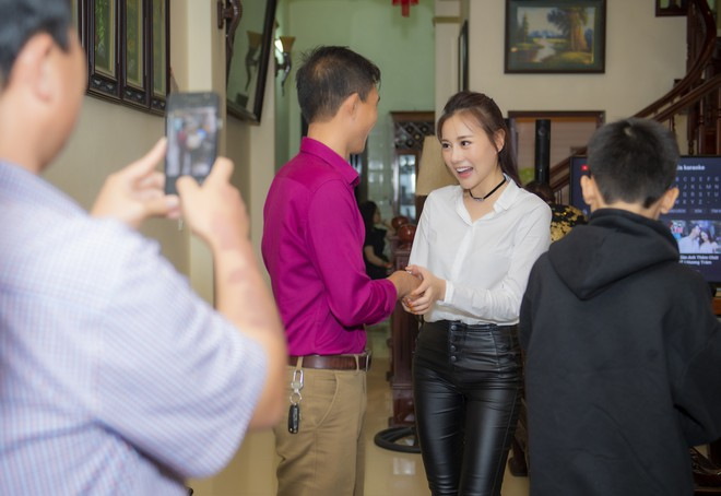 After the success of Quỳnh Búp Bê, Phuong Oanh fans fall in appreciation home - photo 2.