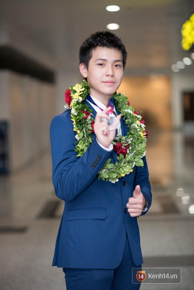 Nam sinh 2002 đẹp trai như nam thần, giành HCB Olympic Thiên văn học Quốc tế: Mê chơi LOL, đang tập gym để có 6 múi - Ảnh 9.