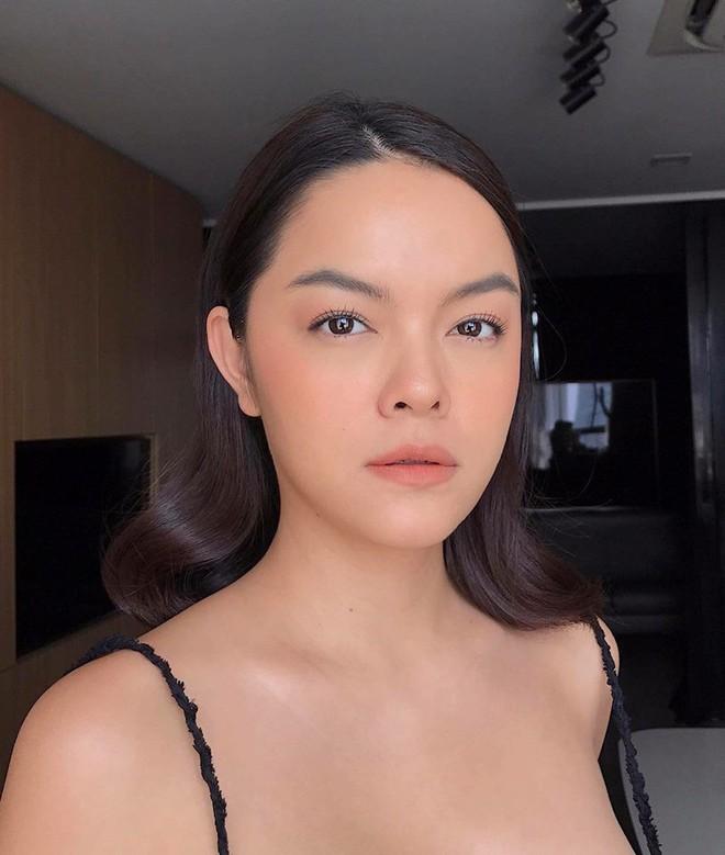 """Ai cũng mê cặp lông mày """"xếch ngược lên"""" của Phạm Quỳnh Anh, nhưng sự thật mà cô tiết lộ sau đó mới bất ngờ - Ảnh 1."""