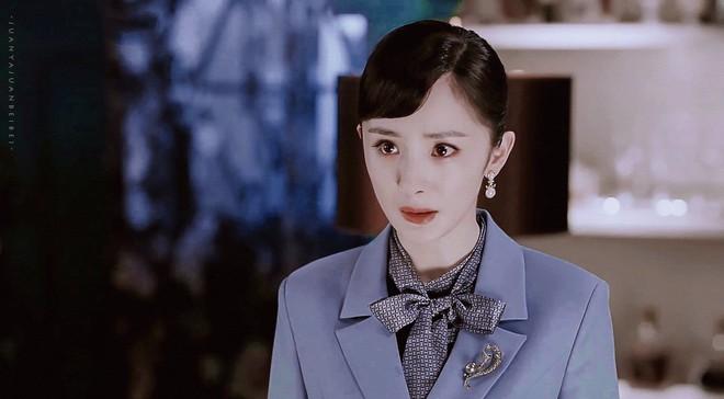 Kbiz có Song Hye Kyo thì Cbiz có Dương Mịch: Để lại kiểu tóc 12 năm trước mà trẻ y như đang Copy - Paste - Ảnh 3.