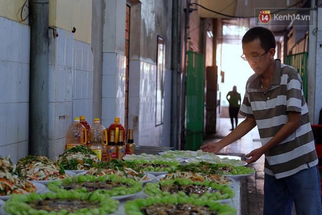 Chuyện về tiệm xương rồng ở Sài Gòn của chàng trai mồ côi, bị u não nhưng vẫn làm việc vì trẻ em ung thư: Càng lạc quan, càng sống khỏe! - Ảnh 3.