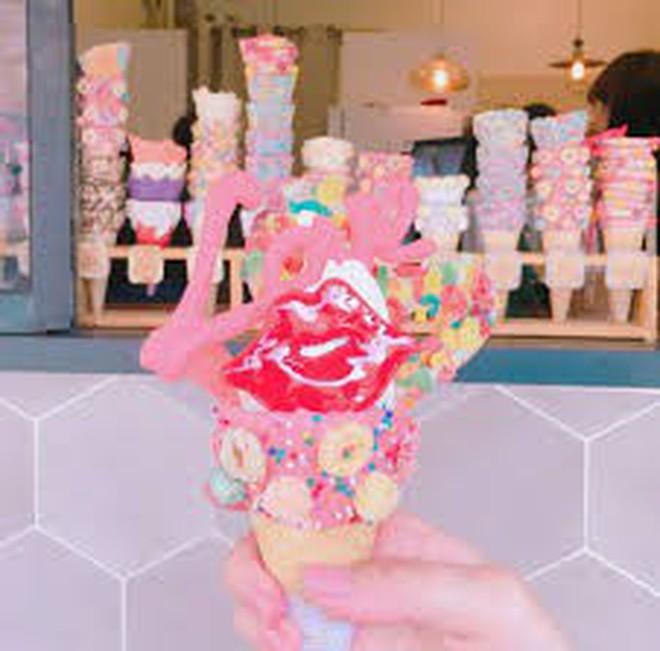 """Đến Hàn đi đâu, ăn gì cũng được nhưng nhớ phải """"sống ảo"""" với những que kem siêu lung linh này - Ảnh 2."""