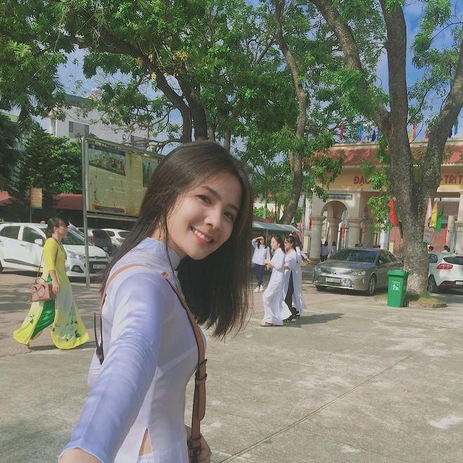Girl xinh Bắc Ninh nổi tiếng sau 1 đêm vì nụ cười đẹp bất ngờ lên xe hoa ở tuổi 18 - Ảnh 1.