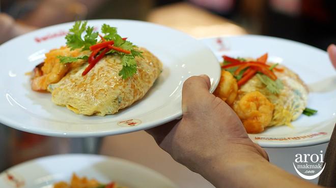 Những quán ăn trên thế giới có lượt khách xếp hàng dài đến cuối phố, muốn ăn phải đợi chờ rất lâu - Ảnh 8.