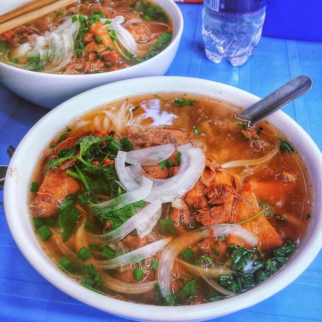 Những lúc chả biết ăn gì ở Hà Nội thì hãy nghĩ ngay đến 5 món bò dễ chiều lòng người sau đây - Ảnh 7.