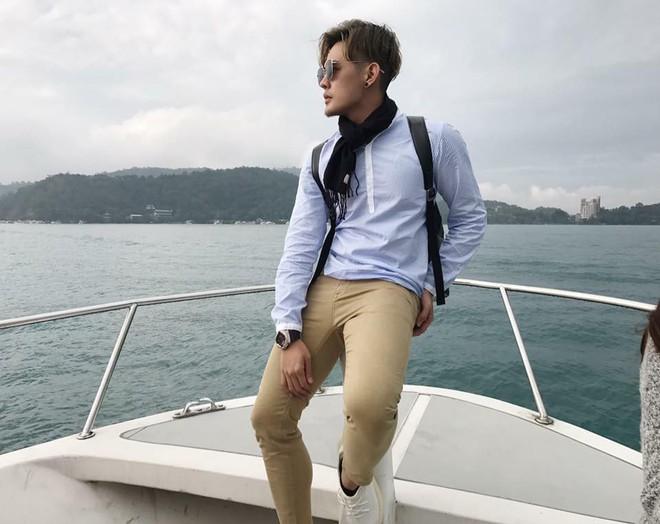 Tiết lộ bất ngờ về thân thế của hot boy giao nước đá trong web drama đang sốt xình xịch - Ảnh 12.